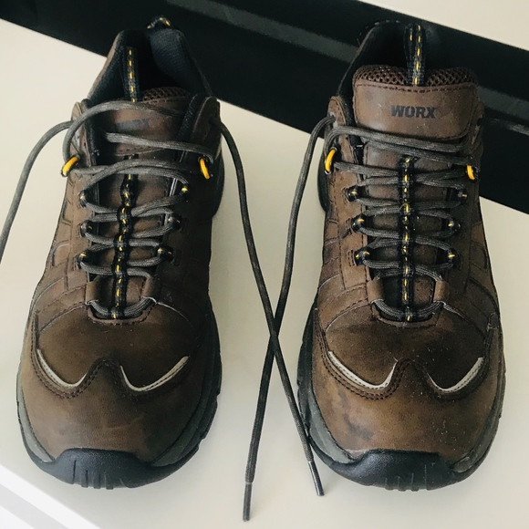 Worxs by Red Wing Mens US 11WW Steel Toe shoes